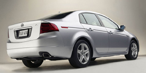 2005 Acura TL Reviews / Specs / Pictures