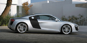 2009 Audi R8 Reviews / Specs / Pictures