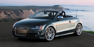 Audi TT Reviews / Specs / Pictures