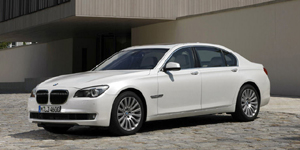 2010 BMW 7-Series Pictures