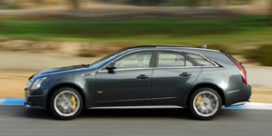 2011 Cadillac CTS Reviews / Specs / Pictures