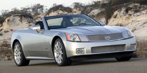 2008 Cadillac XLR Reviews / Specs / Pictures