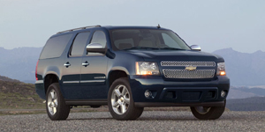2009 Chevrolet Suburban Reviews / Specs / Pictures