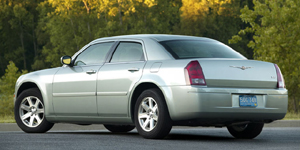 2009 Chrysler 300 Reviews / Specs / Pictures