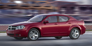 Dodge Avenger Reviews / Specs / Pictures