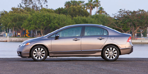 2010 Honda Civic Reviews / Specs / Pictures