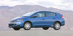 2010 Honda Insight Reviews / Specs / Pictures