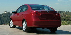 2008 Hyundai Elantra Reviews / Specs / Pictures