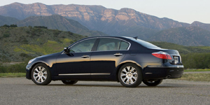 2010 Hyundai Genesis Reviews / Specs / Pictures