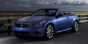 2009 Infiniti G Reviews / Specs / Pictures