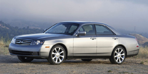 2003 Infiniti M Reviews / Specs / Pictures