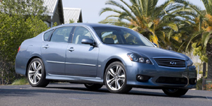 2009 Infiniti M Reviews / Specs / Pictures