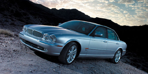2004 Jaguar XJ Pictures
