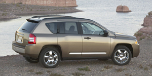 Jeep Compass Reviews / Specs / Pictures