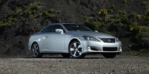 2010 Lexus IS Reviews / Specs / Pictures