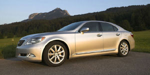 2008 Lexus LS 460 Reviews / Specs / Pictures