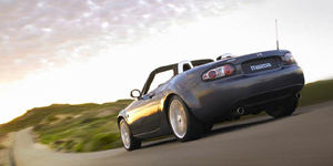 2008 Mazda MX5 Reviews / Specs / Pictures