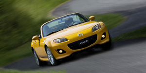 2010 Mazda MX5 Reviews / Specs / Pictures