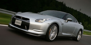 2009 Nissan GT-R Reviews / Specs / Pictures