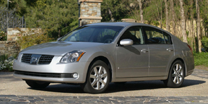 2006 Nissan Maxima Reviews / Specs / Pictures