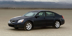 2007 Nissan Maxima Reviews / Specs / Pictures
