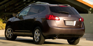 2009 Nissan Rogue Reviews / Specs / Pictures