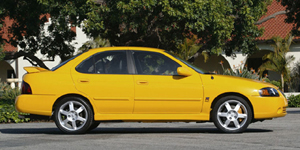 2004 Nissan Sentra Pictures