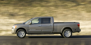 2009 Nissan Titan Reviews / Specs / Pictures