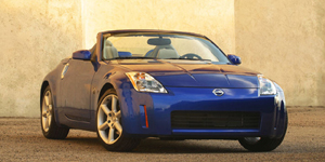 2004 Nissan 350Z Reviews / Specs / Pictures