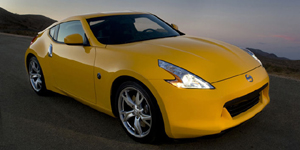 2009 Nissan 370Z Reviews / Specs / Pictures