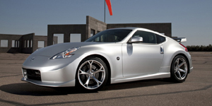 Nissan 370Z Reviews / Specs / Pictures