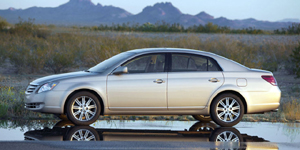 2009 Toyota Avalon Reviews / Specs / Pictures