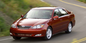 2003 Toyota Camry Reviews / Specs / Pictures