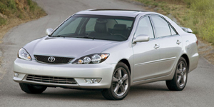 2005 Toyota Camry Reviews / Specs / Pictures
