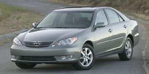 2006 Toyota Camry Reviews / Specs / Pictures