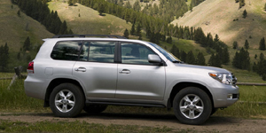2009 Toyota Land Cruiser Pictures