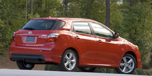 Toyota Matrix Reviews / Specs / Pictures