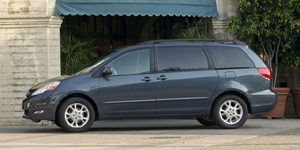 2009 Toyota Sienna Reviews / Specs / Pictures
