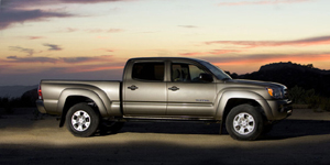 2009 Toyota Tacoma Reviews / Specs / Pictures