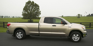 2008 Toyota Tundra Reviews / Specs / Pictures