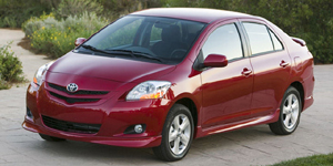2007 Toyota Yaris Reviews / Specs / Pictures