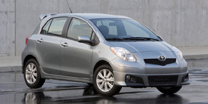 2009 Toyota Yaris Reviews / Specs / Pictures