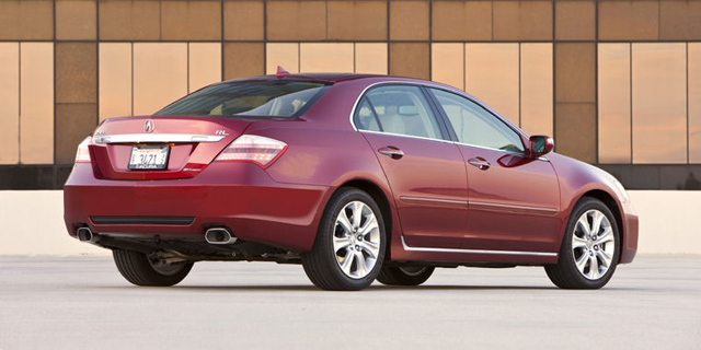 2010 Acura RL Pictures