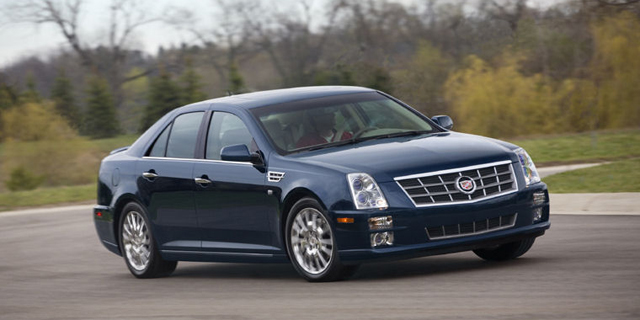 2010 Cadillac STS Pictures