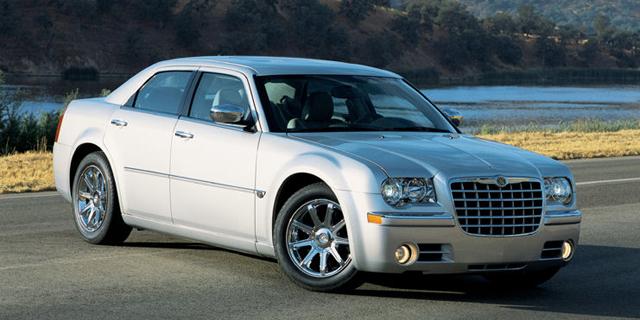2010 Chrysler 300 Pictures