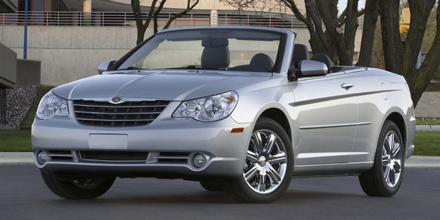 2010 Chrysler Sebring Pictures