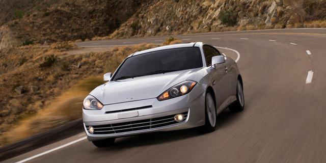 2008 Hyundai Tiburon Pictures