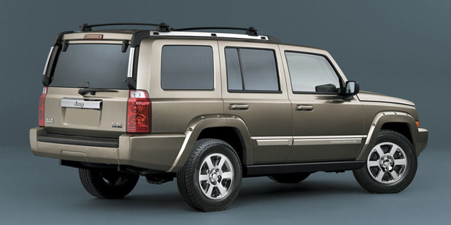 2010 Jeep Commander Pictures