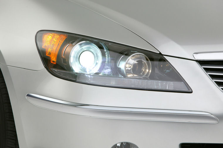 2005 Acura RL Headlight - Picture / Pic / Image