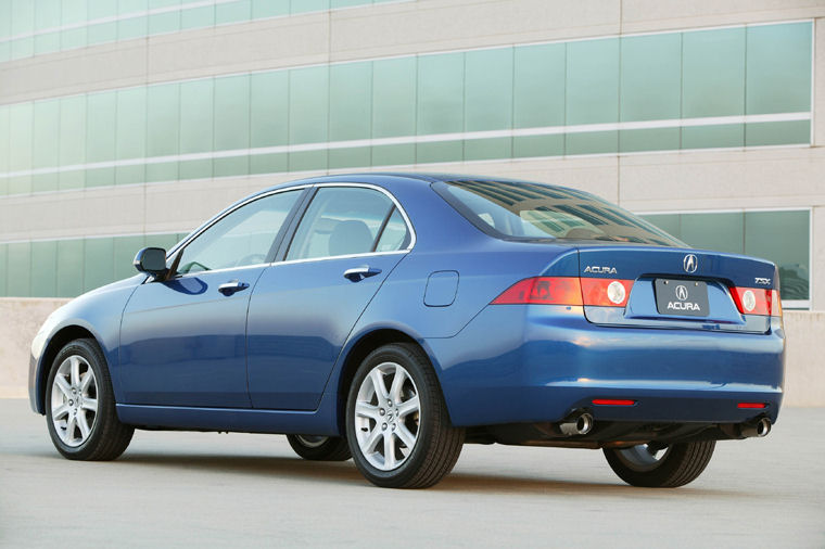 http://www.jbcarpages.com/acura/tsx/2005/pictures/images/2005_acura_tsx_picture%20(14).jpg